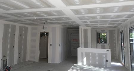 Préparer les murs avec l'application de la peinture - Bordeaux (33)